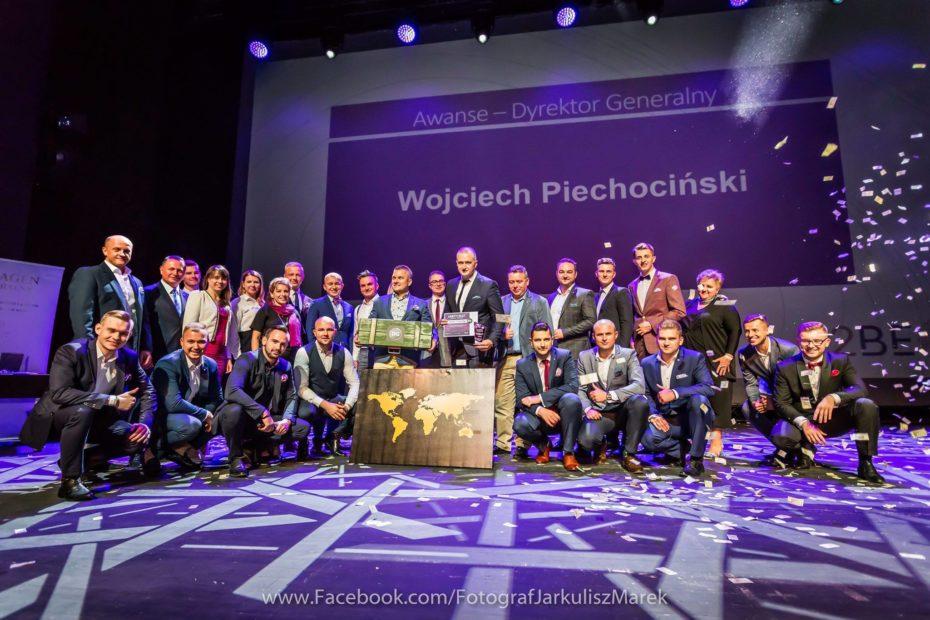 Grupa dyrektorów 2BE na jednej scenie w Lublinie